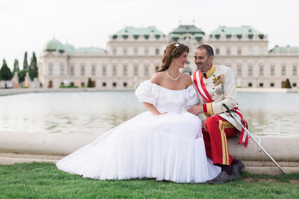 surprise-birthday-wedding-anniversary-themed-shooting-hotel-imperial-schloss-belvedere-vienna-austria-melanie-nedelko-photography-sissi-franz (29).JPG
