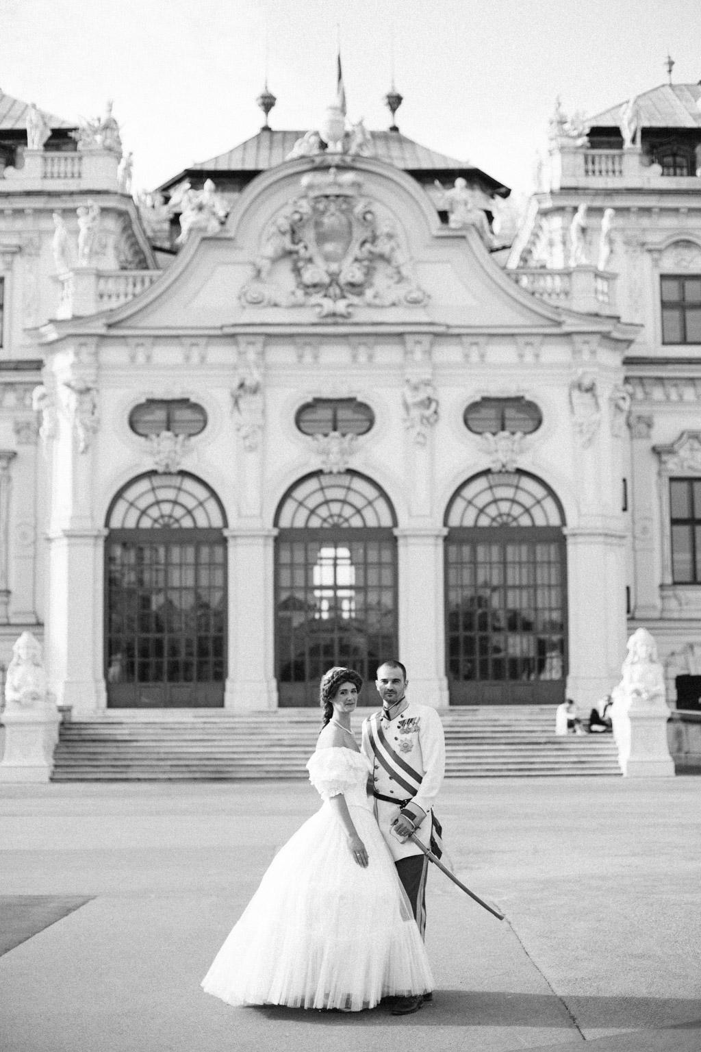 surprise-birthday-wedding-anniversary-themed-shooting-hotel-imperial-schloss-belvedere-vienna-austria-melanie-nedelko-photography-sissi-franz (36).JPG