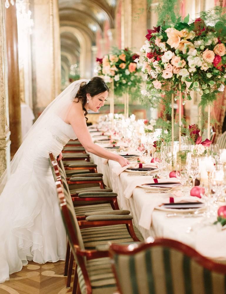 american-christmas-destination-wedding-abroad-luxury-hotel-imperial-wedding-planner-vienna-austria-nikol-bodnarova-photo (3).jpg
