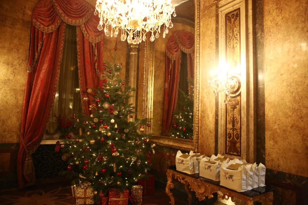 christmas-luxury-winter-destination-wedding-planner-vienna-austria-hotel-imperial-horia-photography (49).jpg