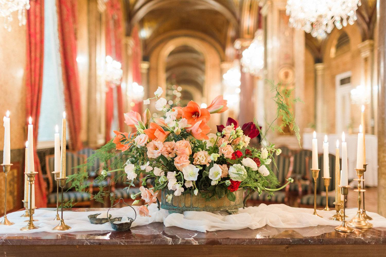 american-christmas-destination-wedding-abroad-luxury-hotel-imperial-wedding-planner-vienna-austria (10).jpg