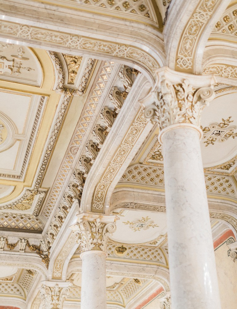 american-christmas-destination-wedding-abroad-luxury-hotel-imperial-wedding-planner-vienna-austria-nikol-bodnarova-photo (11).jpg