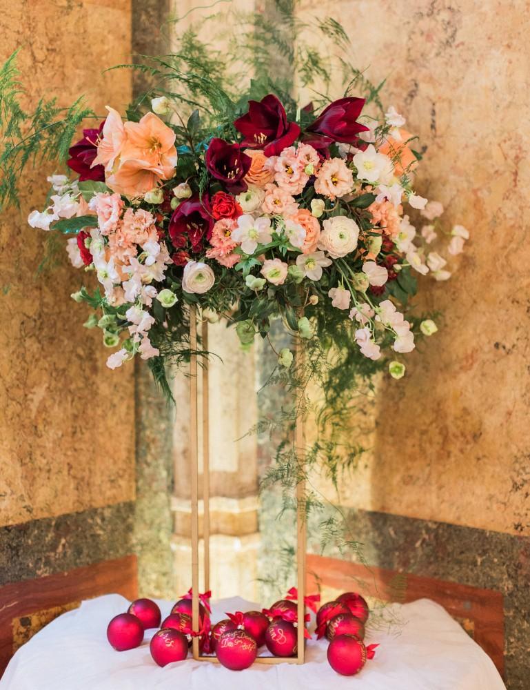 calligraphy-christmas-ornaments-name-cards-destination-wedding-abroad-luxury-hotel-imperial-wedding-planner-vienna-austria-nikol-bodnarova-photo (1).jpg