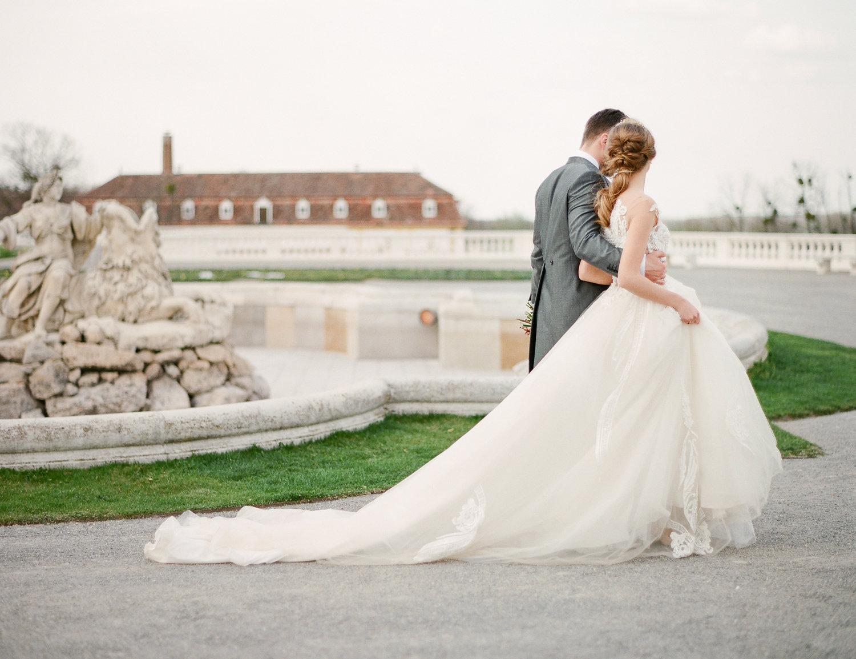 destination-wedding-vienna-austria-styled-schloss-hof-palace-highemotionweddings-nikolbodnarova (56).JPG