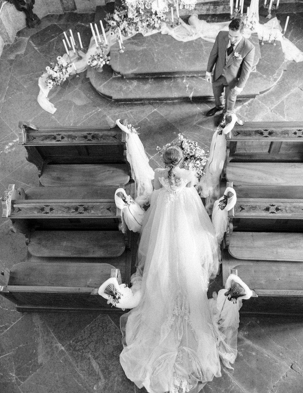 destination-wedding-vienna-austria-styled-schloss-hof-palace-highemotionweddings-nikolbodnarova (84).JPG
