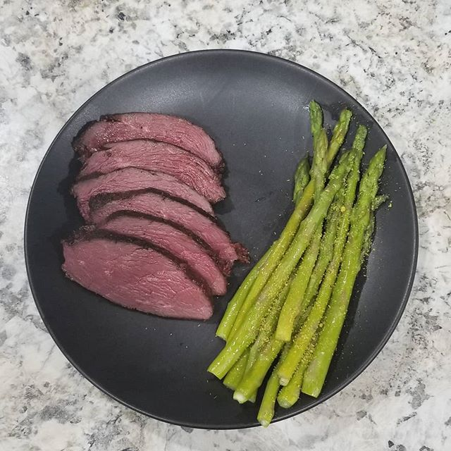 """Swan breast and asparagus! """"Swans some meat?"""" - @steph_m_brady  So grateful that I am ab and e to eat this for dinner tonight and so grateful for the guys who took me out! @fowlfreakakadennisdraper @skyemill and @ryan_ziis  Since bringing this amazing swan home, I did some research on what I was doing wrong. That post will be coming soon."""