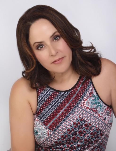 Author Clare Di Liscia.JPG