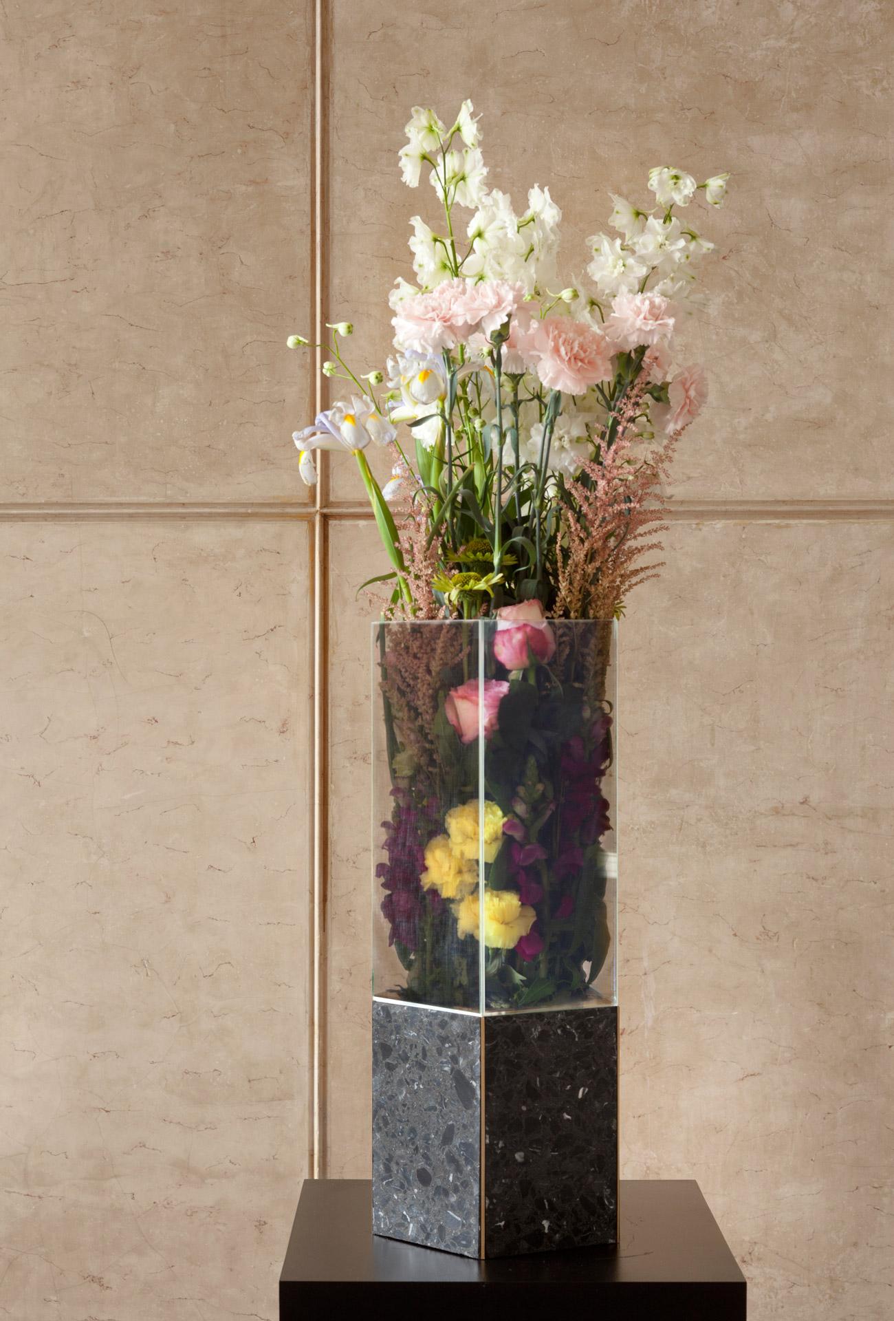 Tino Seubert - Narcissus Vase