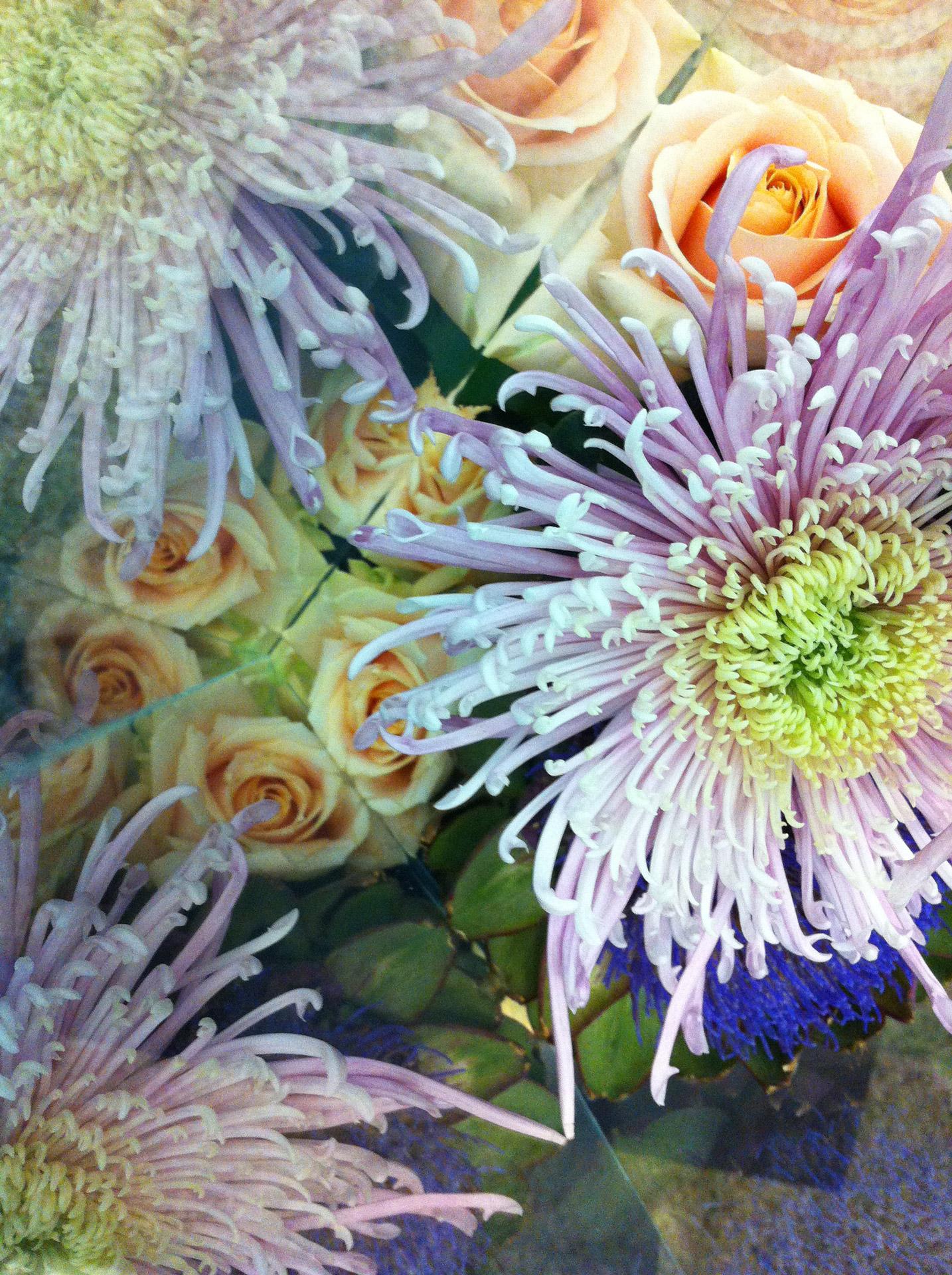 Tino Seubert - Narcissus Vases - Inside Detail
