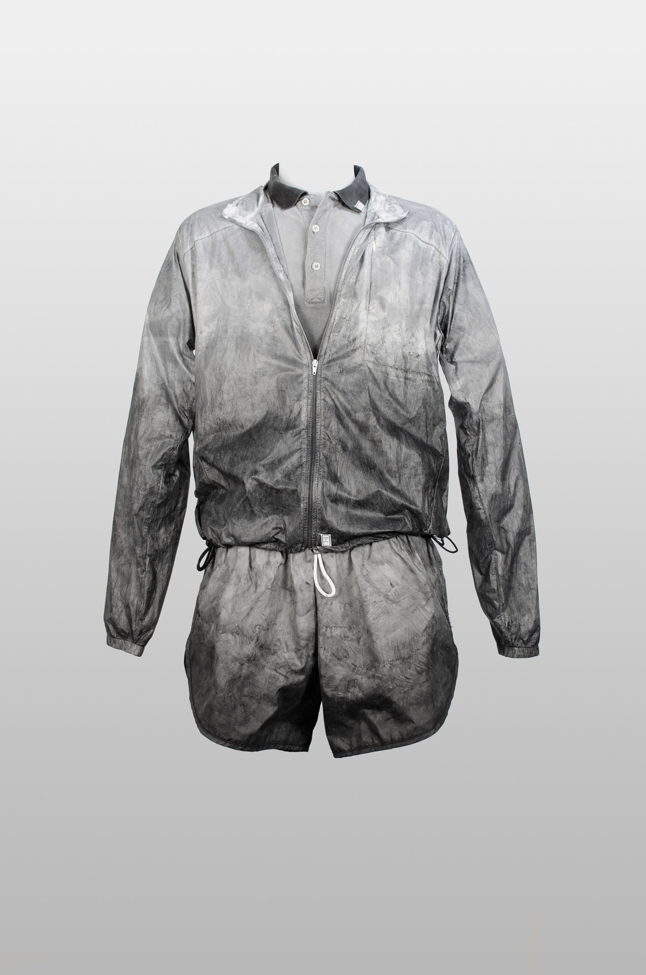 Tino Seubert - The Colour of Air - PM-DYE Running Outfit