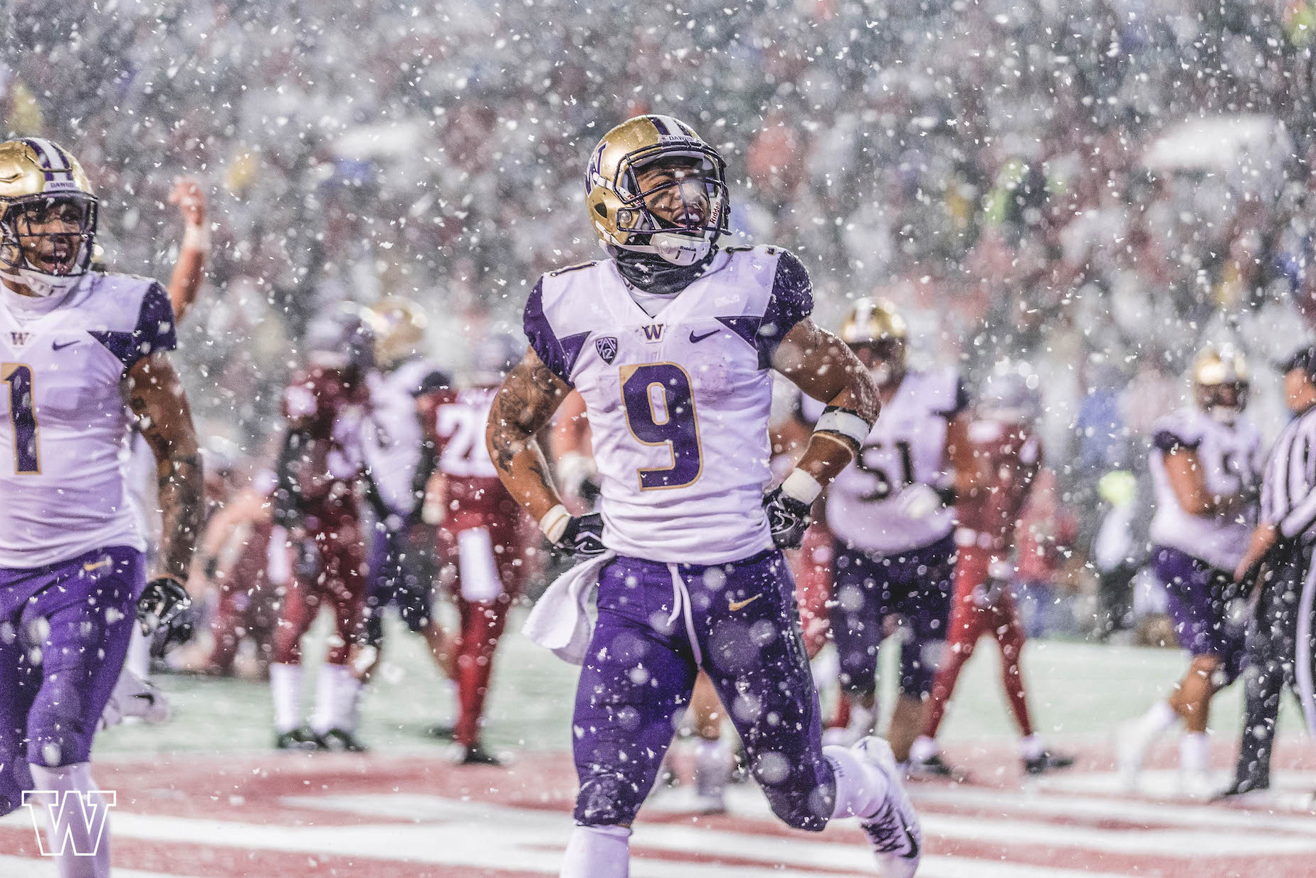 Myles Gaskin during the 2018 Apple Cup against Washington State University, courtesy of UW Athletics