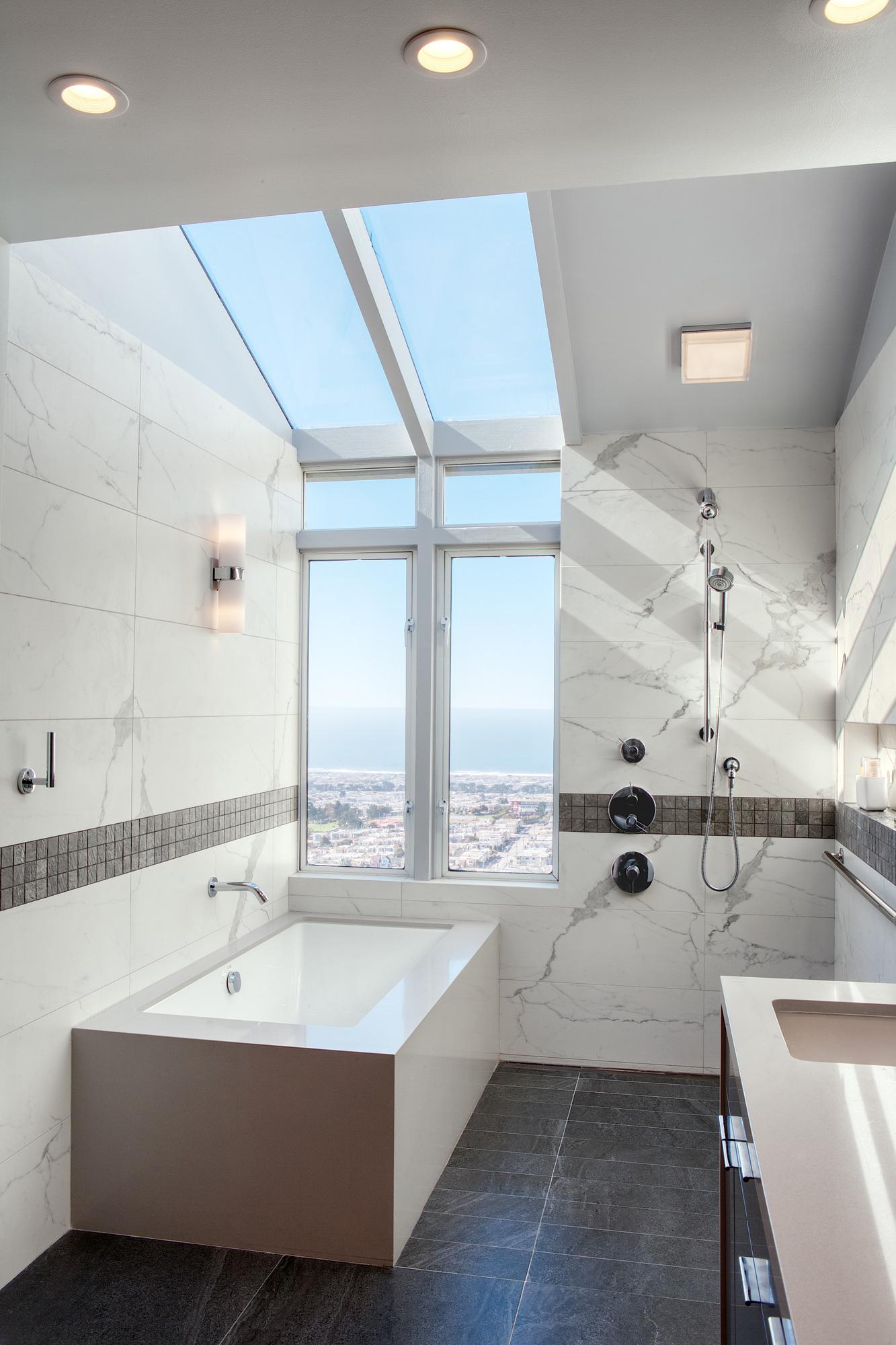 Bath-tub-and-shower.jpg