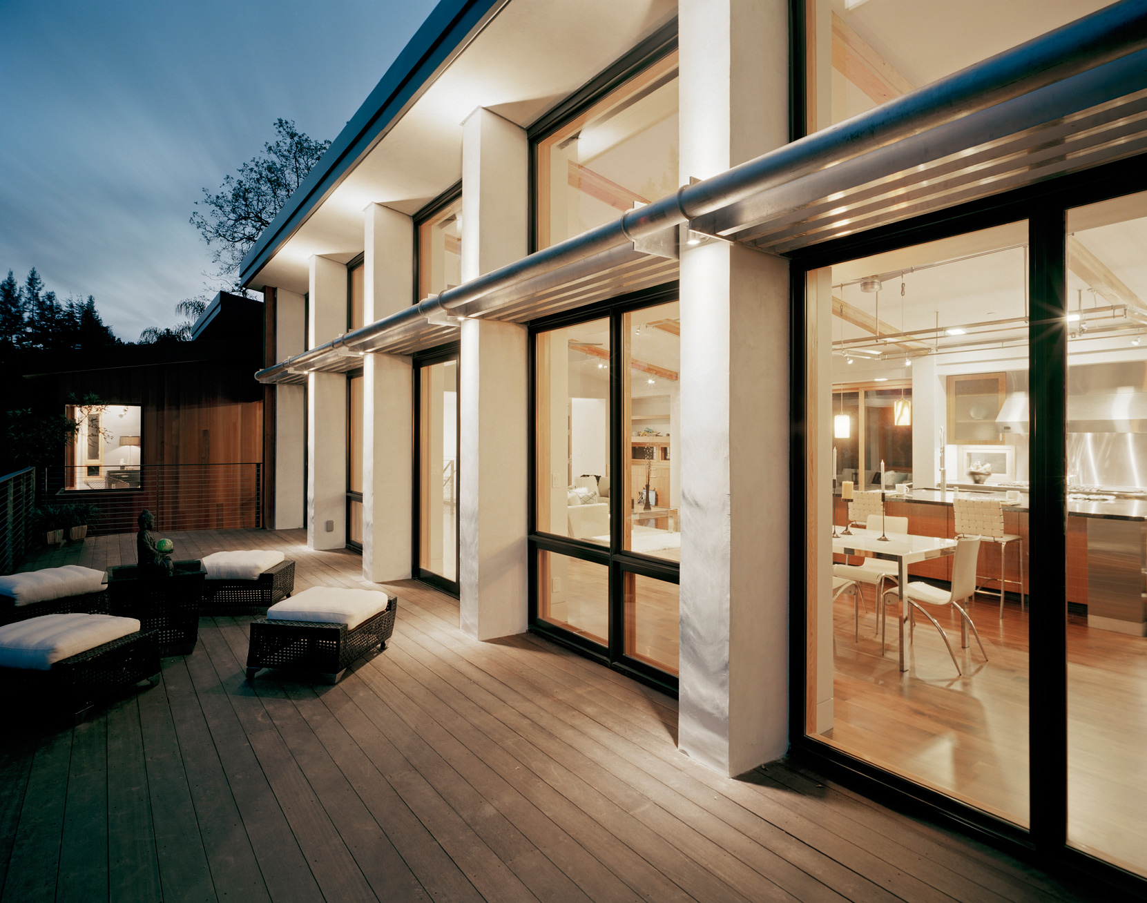 New-modern-house-rear-deck.jpg