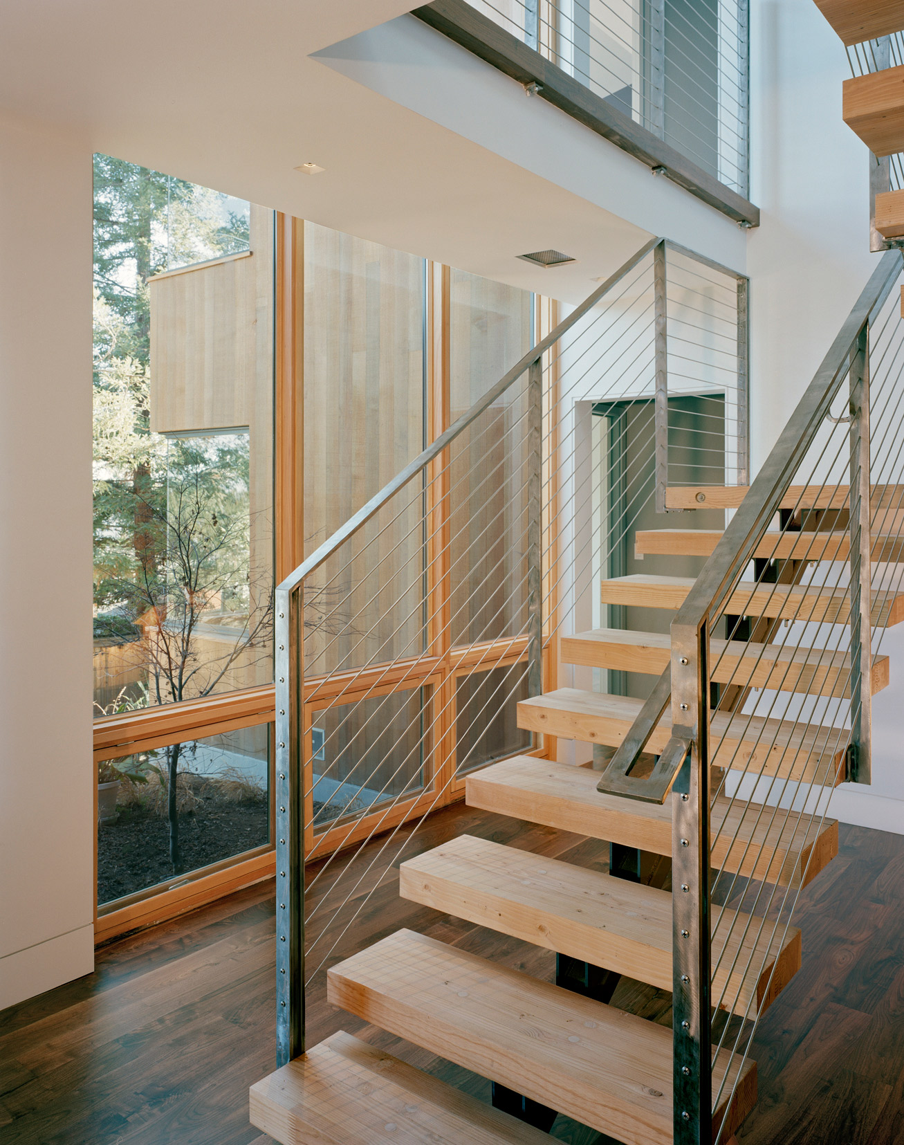 new home floating stairs.jpg