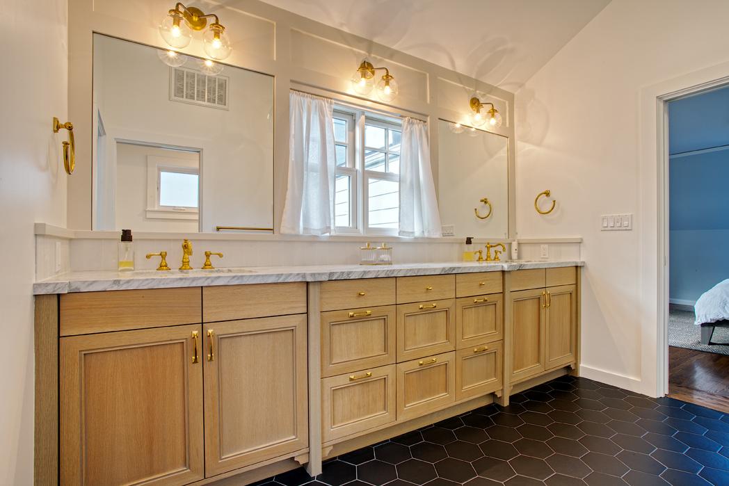 Kaplan-Architects-master-bathroom-2.jpg