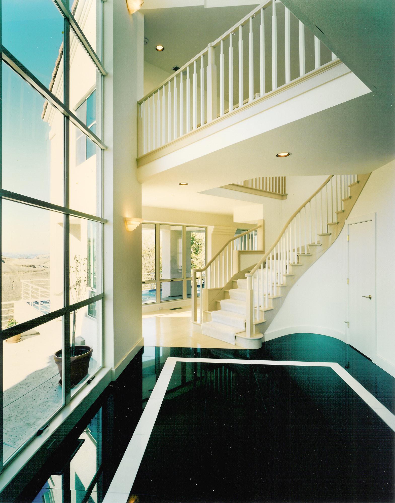 Kaplan-Architects-new-modern-hillside-house-entry.jpg