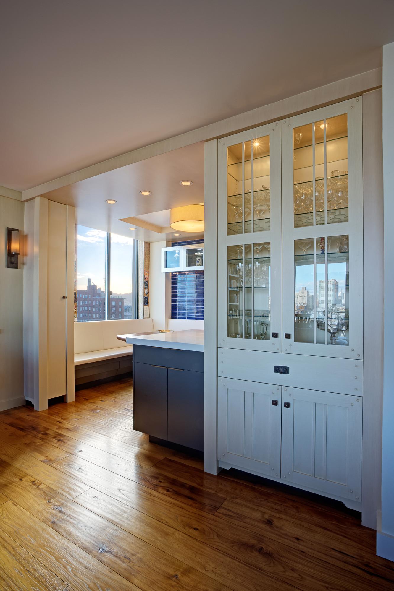 Kaplan-Architects-high-rise-interior-remdoeled-kitchen.jpg