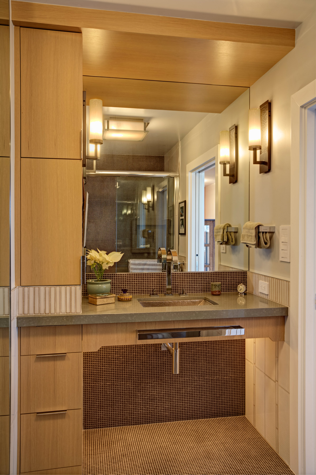 Kaplan-Architects-high-rise-interior-guest-bathroom-vanity-2.jpg