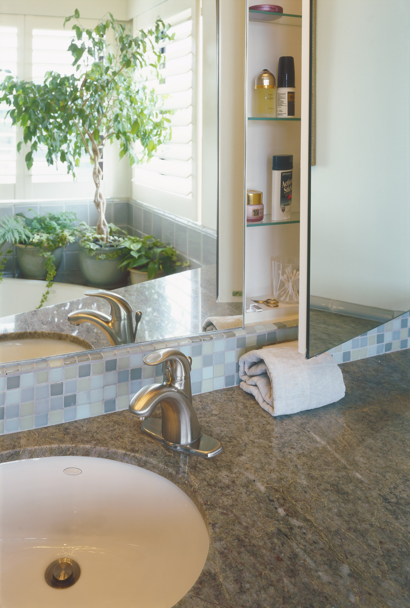 Kaplan-Architects-San Francisco-master-bath-remodel-vanity.jpg