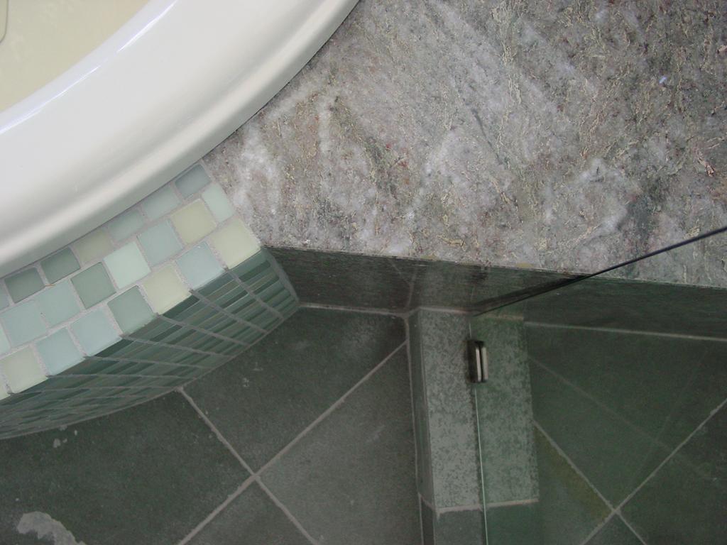 Kaplan-Architects-San Francisco-master-bath-remodel-tile detail.jpg