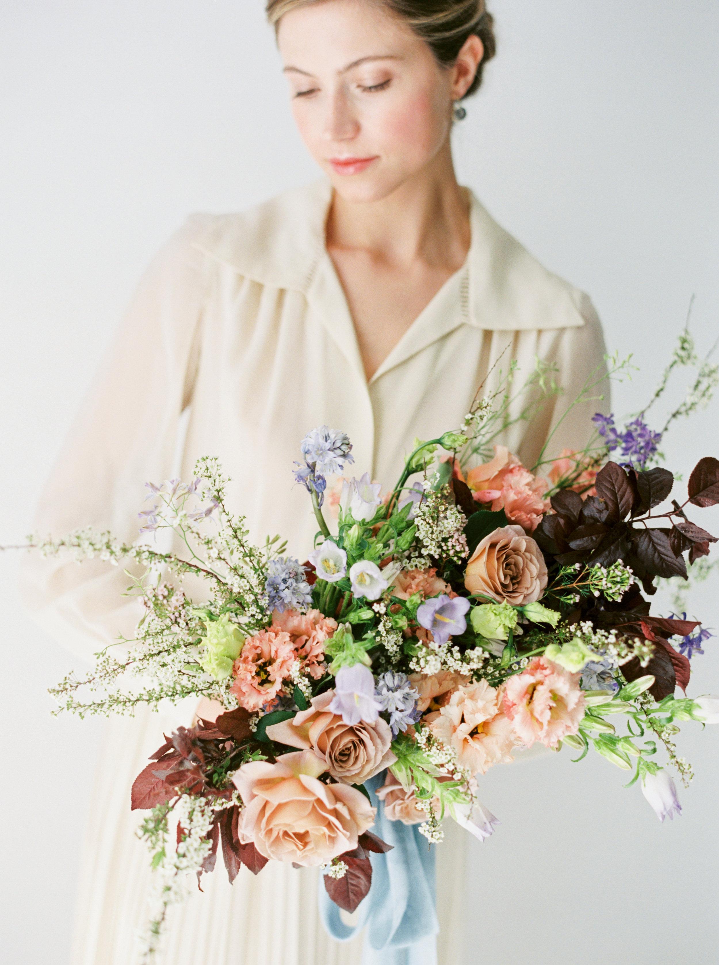 Amanda Nippoldt Photography  Ashley Fox Designs 1:1 workshop with Blue Morning Glory Florals  model: Taylor Penshorn