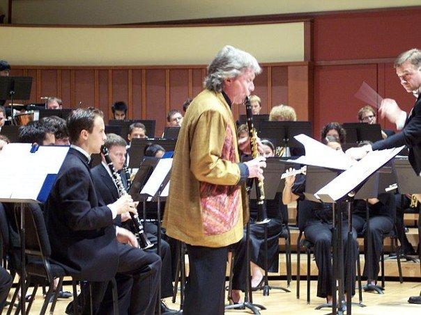 Stoltzman and EWE 2007.jpg