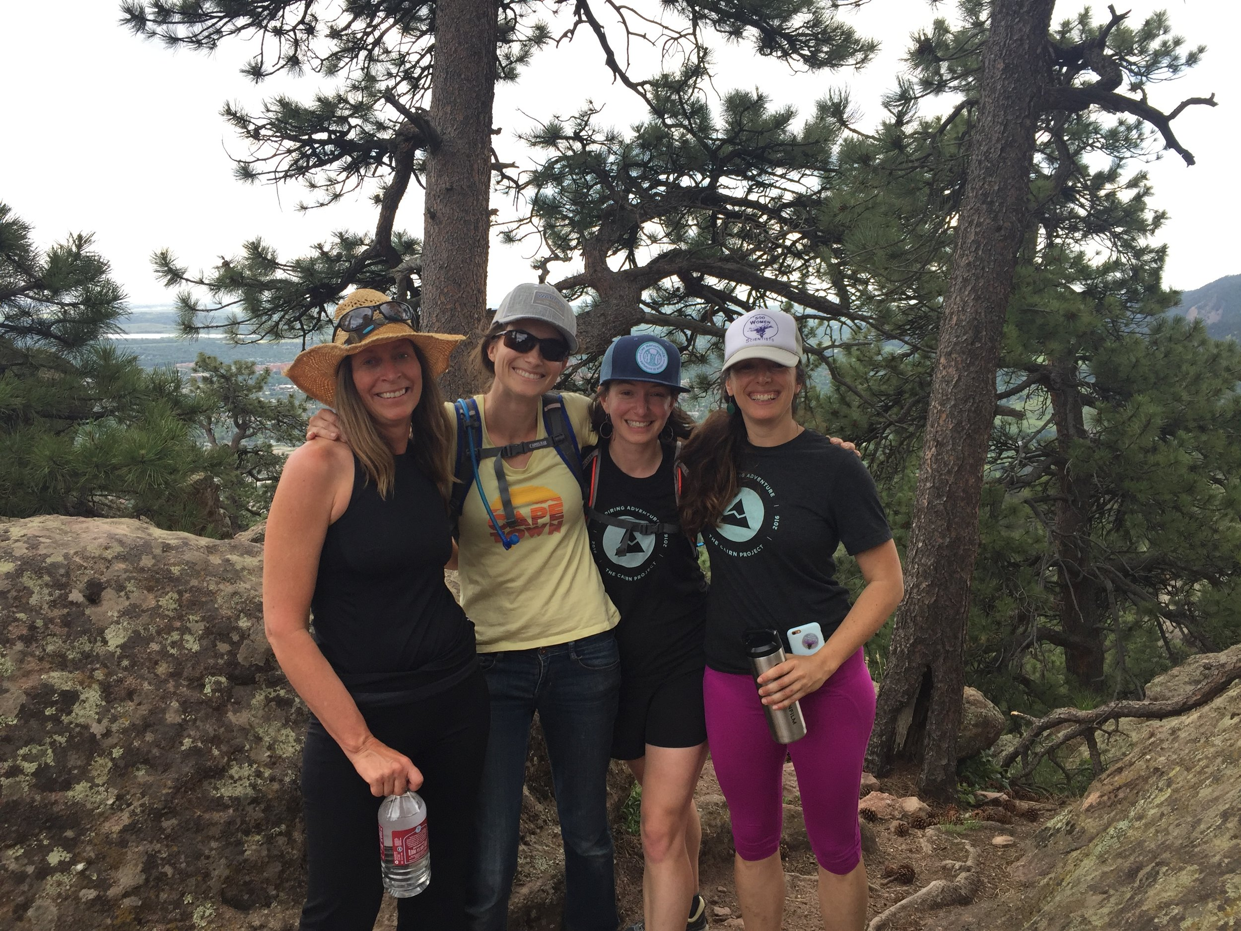 Barger lab reunion hike.jpg