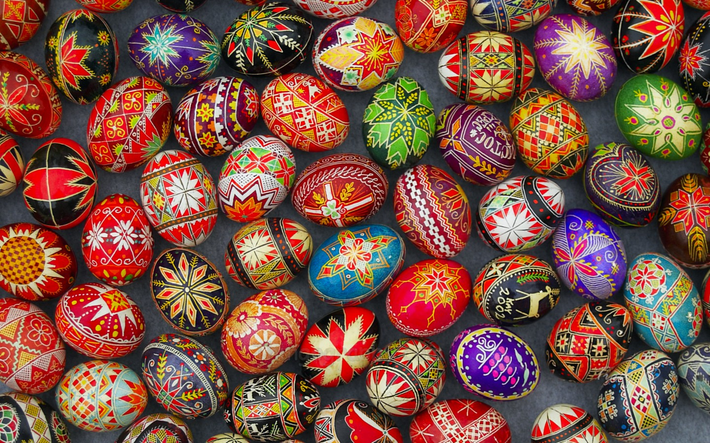 ukrainiang-easter-eggs-1.jpg