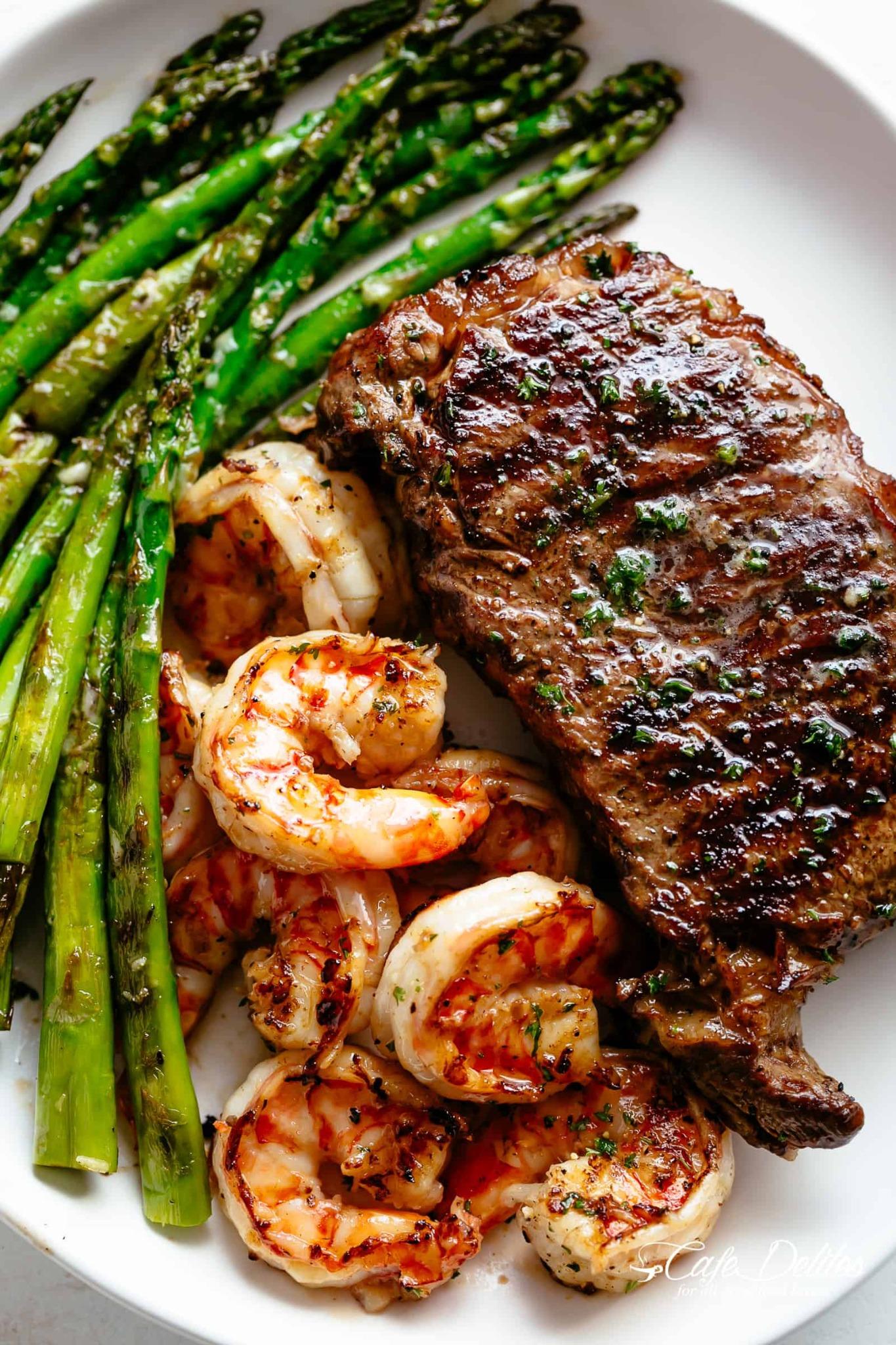 Garlic-Herb-Butter-Steak-With-Shrimp.png