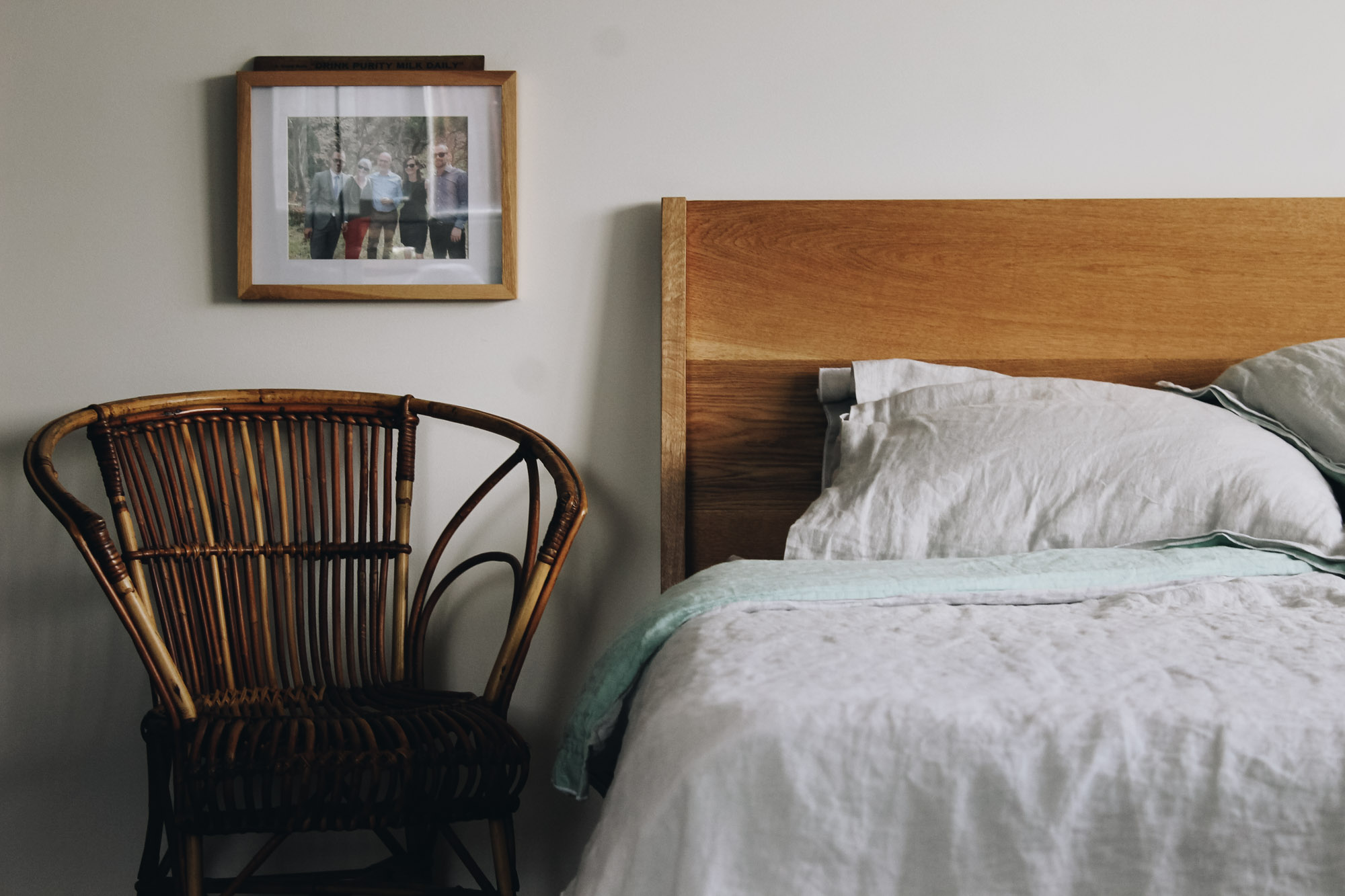 Al+and+Imo+Handmade-mod-bed-custom-american-oak-bed-frame-mid-century-inspired-surf-coast-melbourne-australia-8.jpg