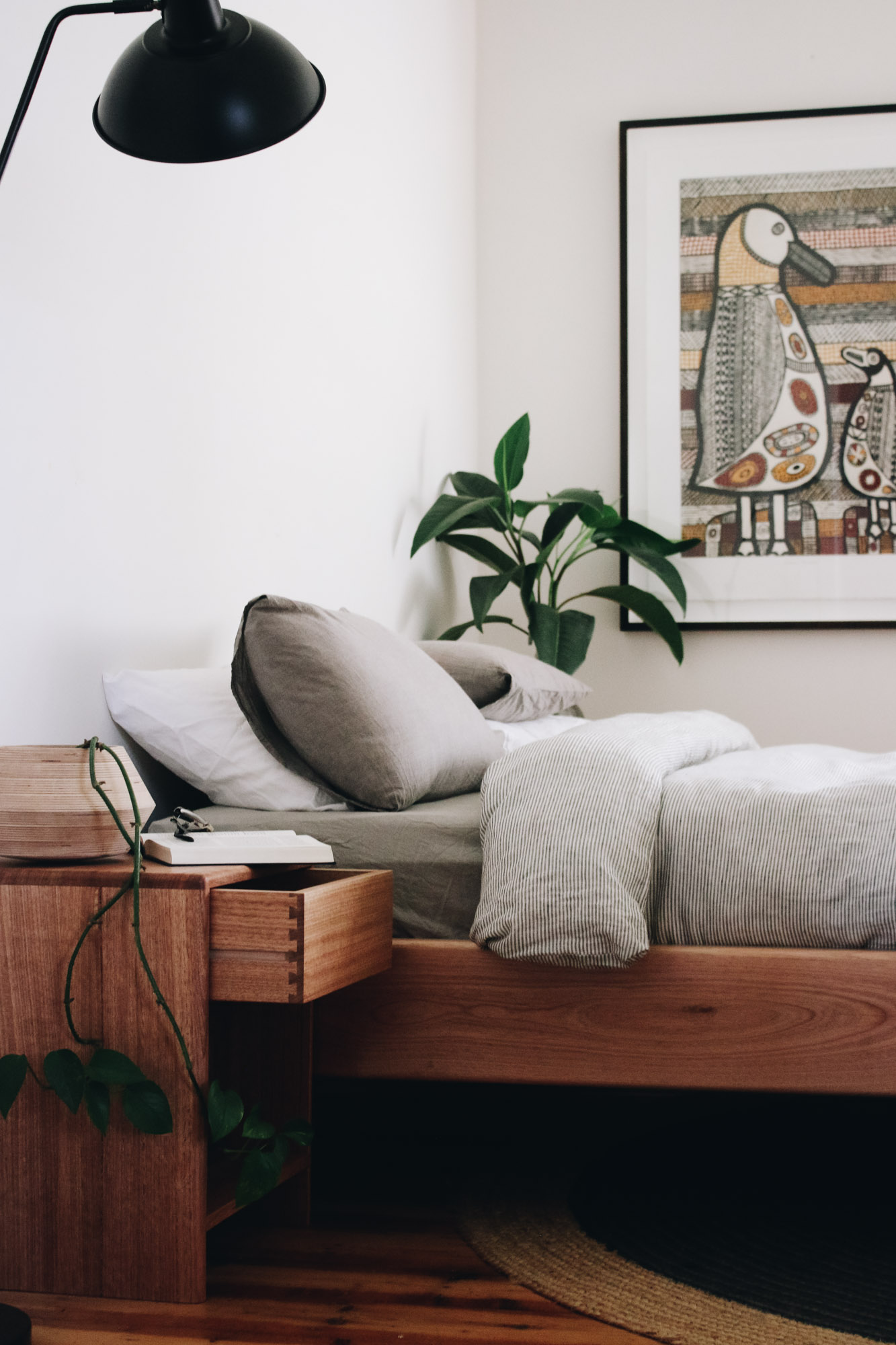 al-and-imo-handmade-simple-minimalist-low-timber-bed-frame-custom-australia-melbourne-28.jpg