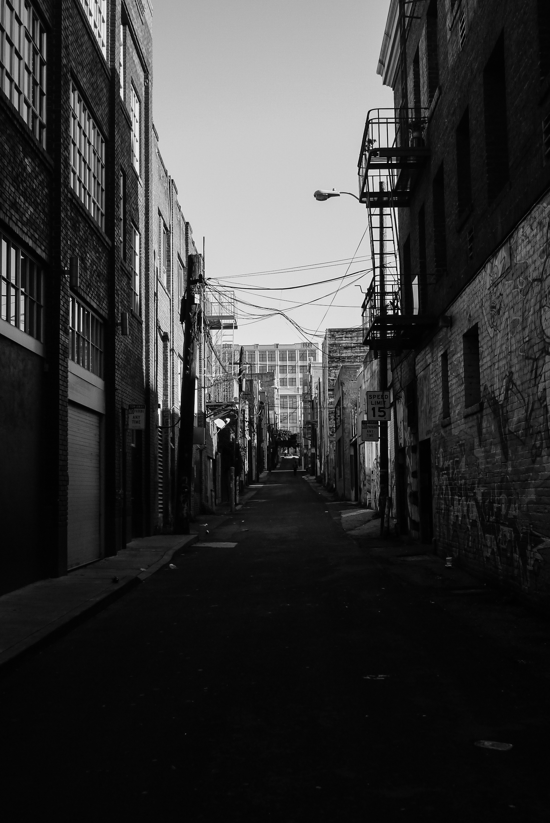 "<p style=""font-family:brandon-grotesque;font-weight:500; font-size:11px; text-center:left; color:light grey;letter-spacing: 1px"">JANUARY 5, 2017 • A PATH TO NOWHERE • � San Francisco, CA</p>"