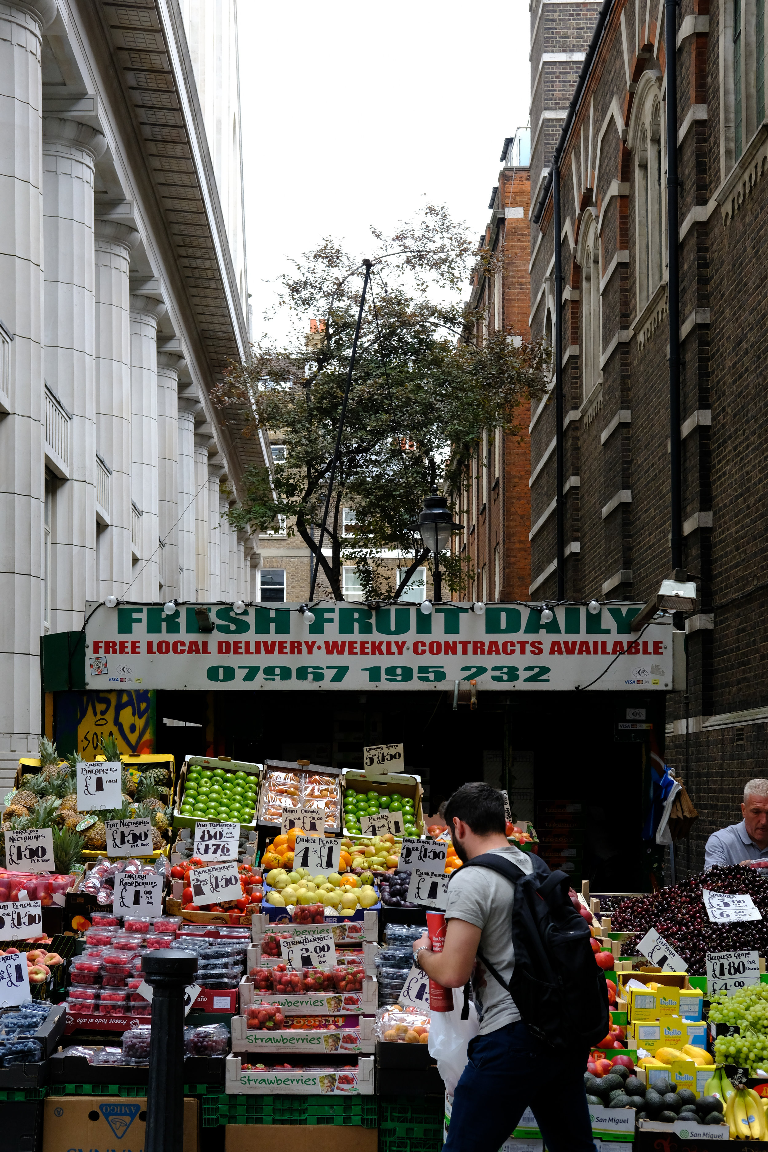 AUGUST 18, 2018 • FRUIT STAND • �London, UK 🇬🇧