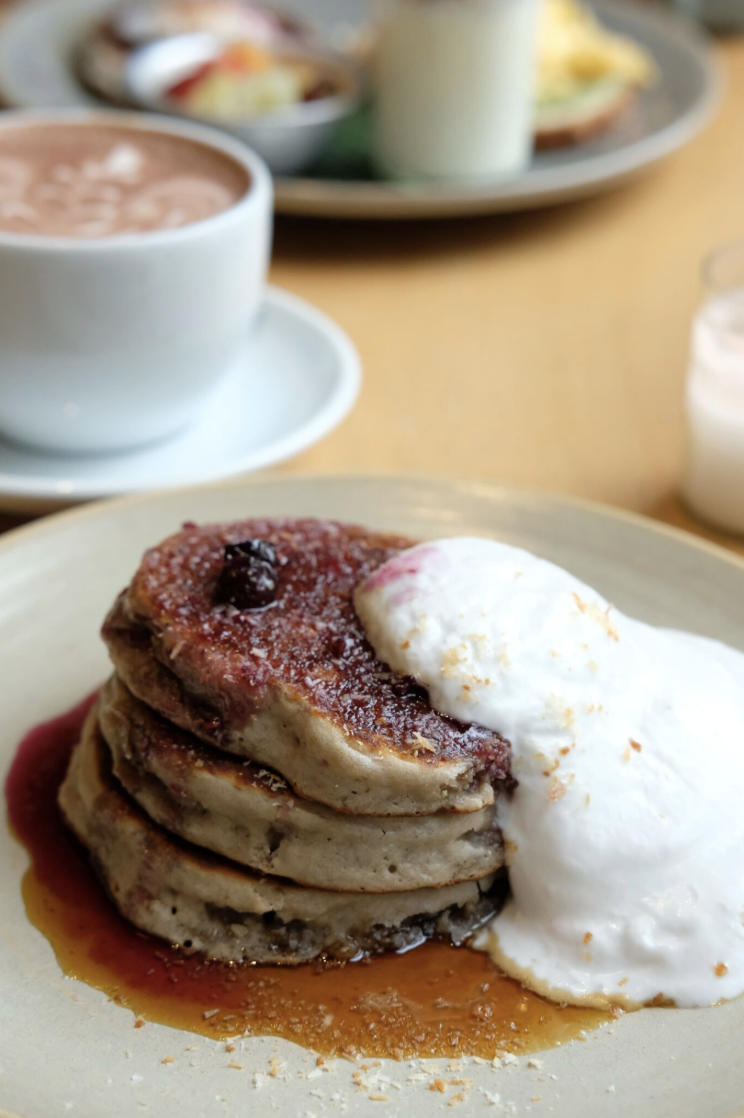 OCTOBER 28, 2018 • COCONUT BLUEBERRY PANCAKES • �Amsterdam, Netherlands 🇳🇱