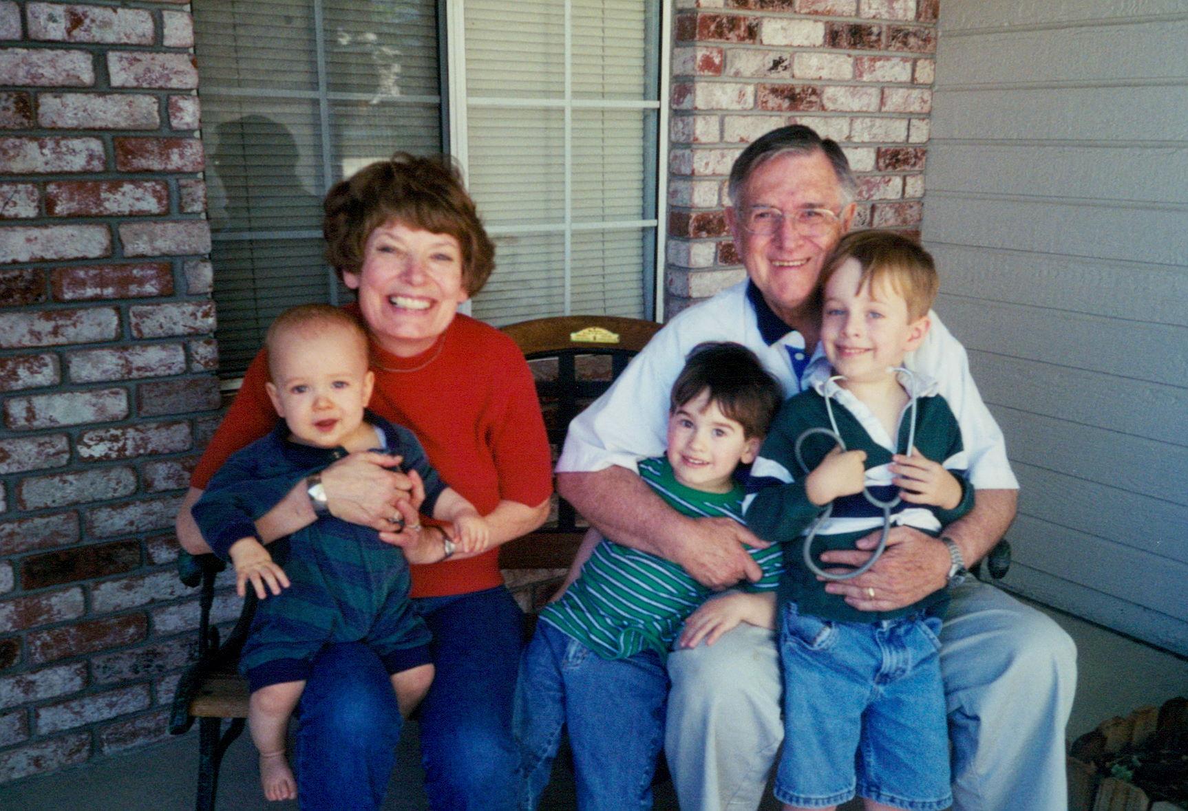 Granpa & Gma Ruff with Patterson grandchildren.jpg