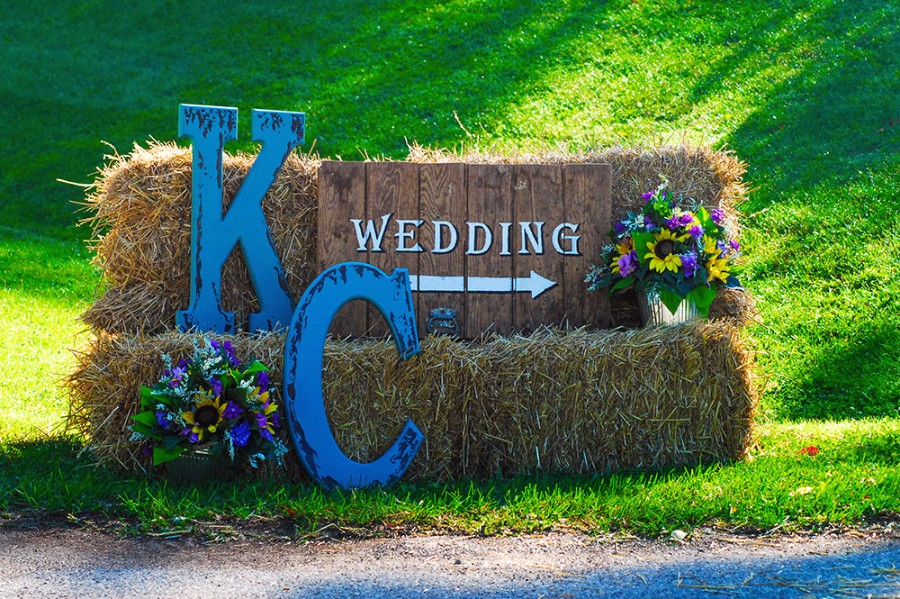 Make an Entrance – Welcome your guests with customized signage at the roadside – we have lots of signs and props to choose from.