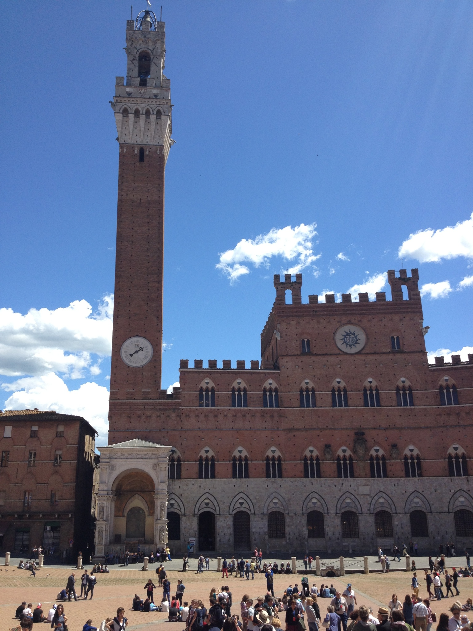 The plaza in Siena