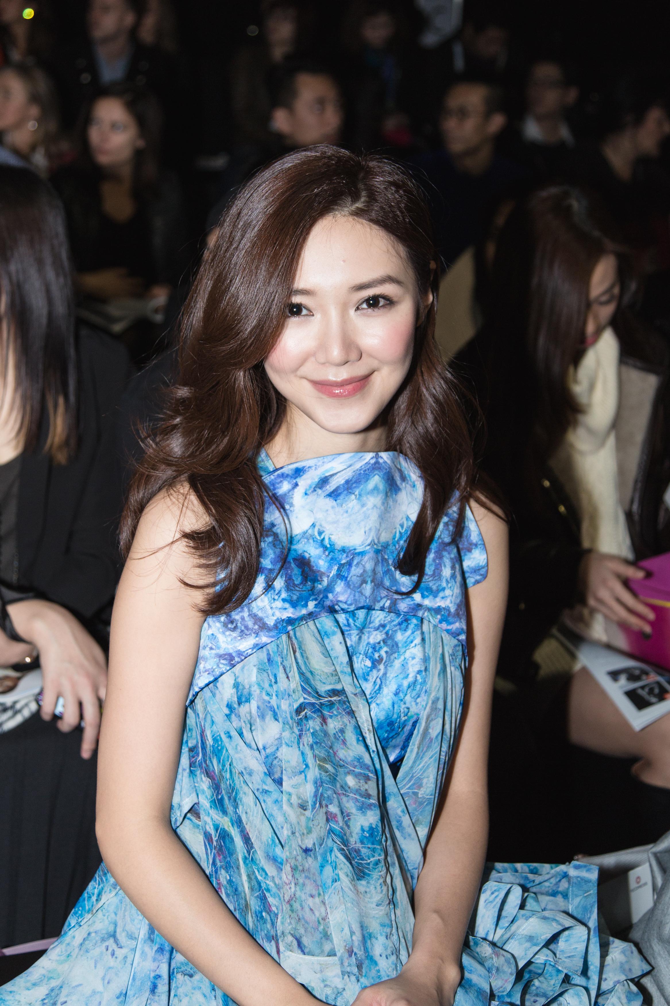 Hong Kong actress Elva Ni wears Angus Tsui to attend the Redress Design Award 2015/16 Grand Final Show