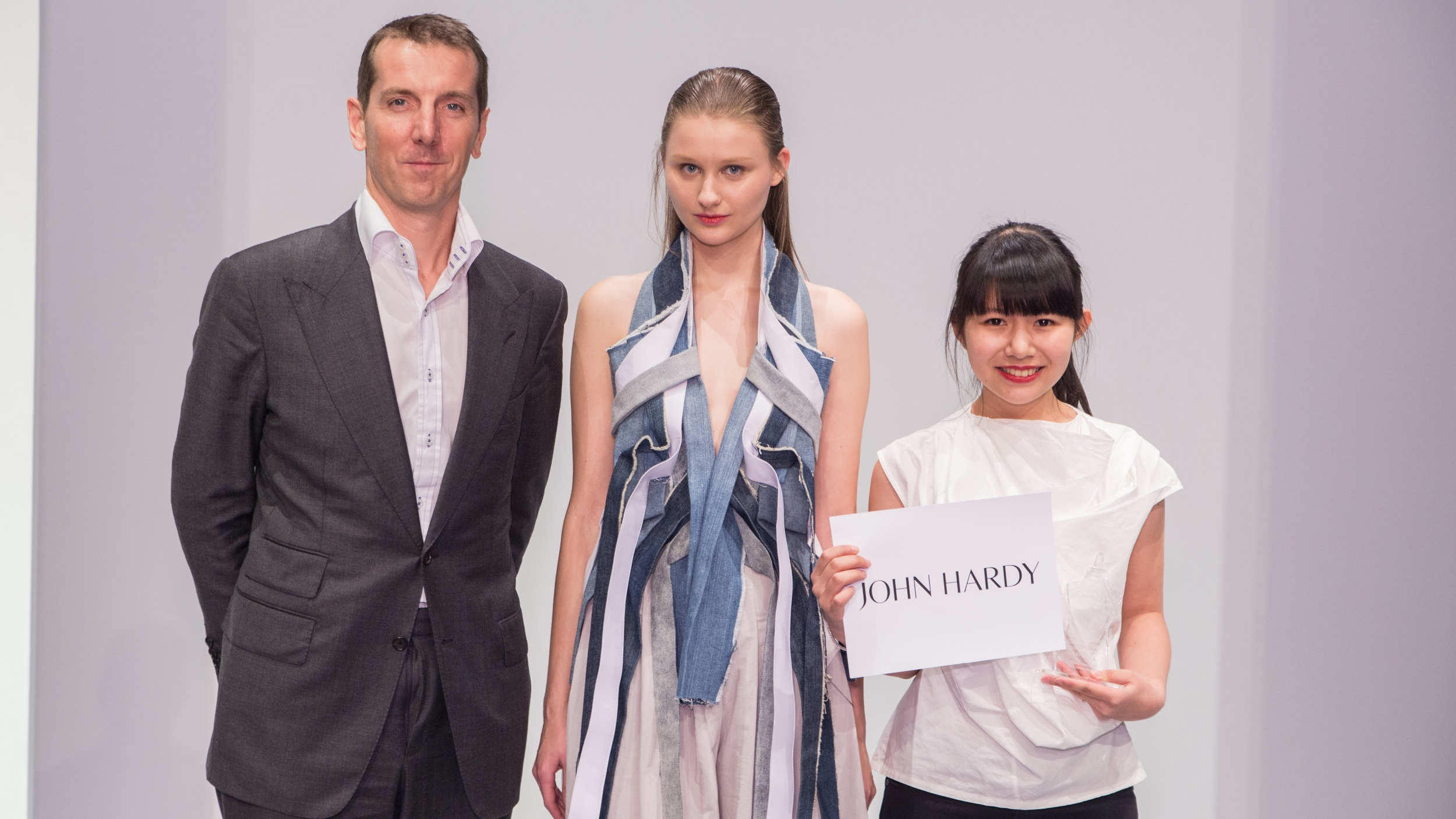 Laurensia Salim won the Special Prize: Redress Design Award 2014/15 with John Hardy