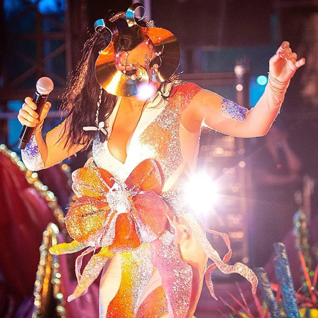 Singer-songwriter Björk wearing 2014/15 First Prize winner Kévin Germanier's design at We Love Green Festival.