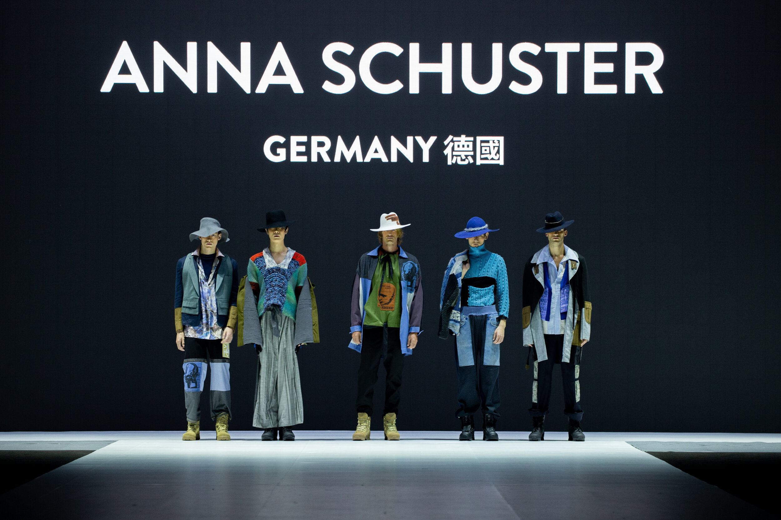 Redress Design Award 2019_Anna_Schuster_Germany_collection.jpg