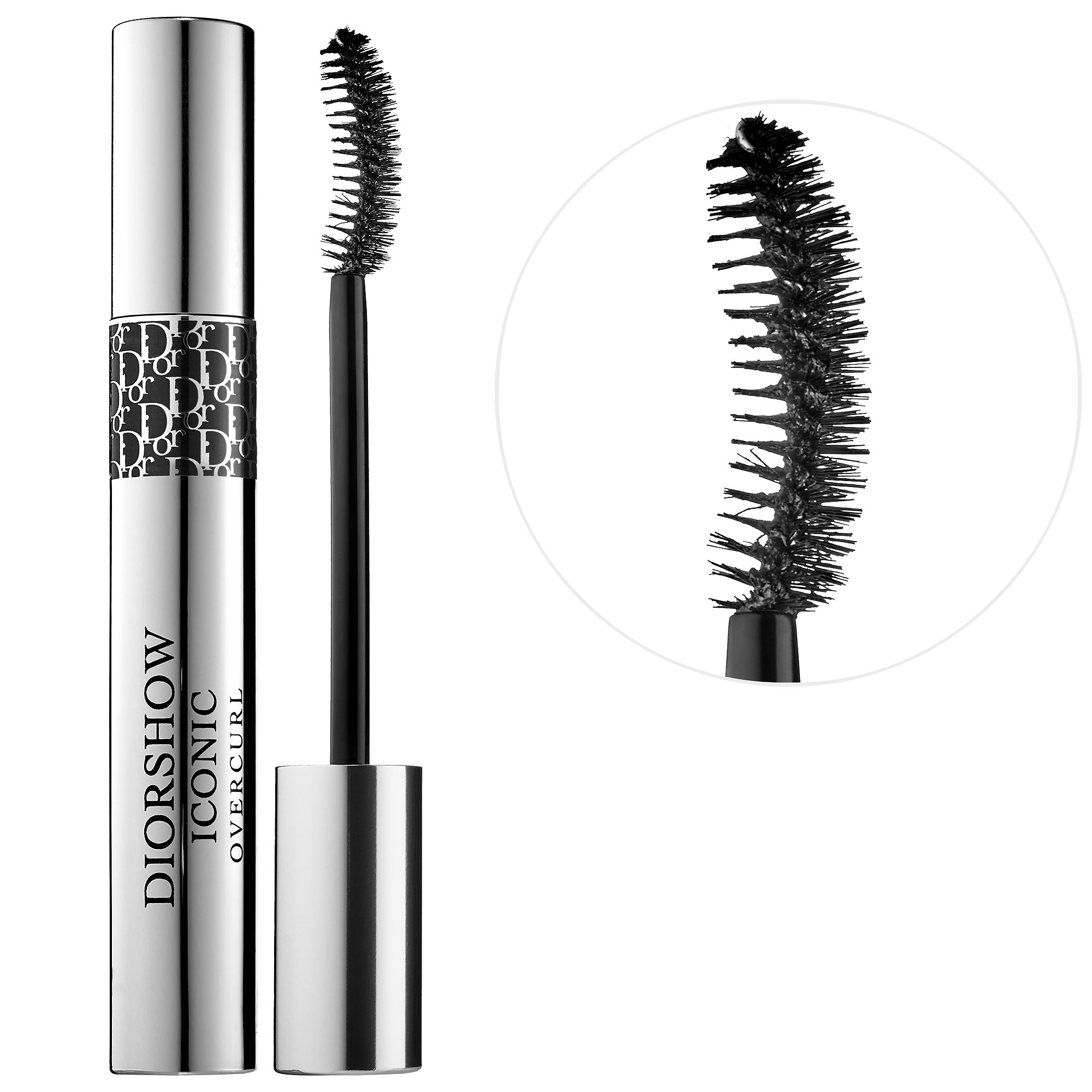 Diorshow Iconic Overcurl Mascara - An old favorite that was rediscovered this year! I'm a big fan of natural bristle brushes and their ability to really grip the lashes. This one in particular has the perfect formula that is not too wet or too dry and the curled brush means mega volume. If you need even more volume, you can build this mascara beautifully without getting spidery.