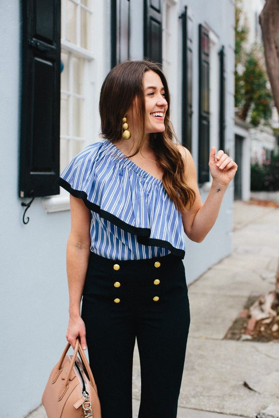 These sailor pants are so cute and slimming. I really love this trend as well as the one shoulder look. I hope these are still popular this summer.