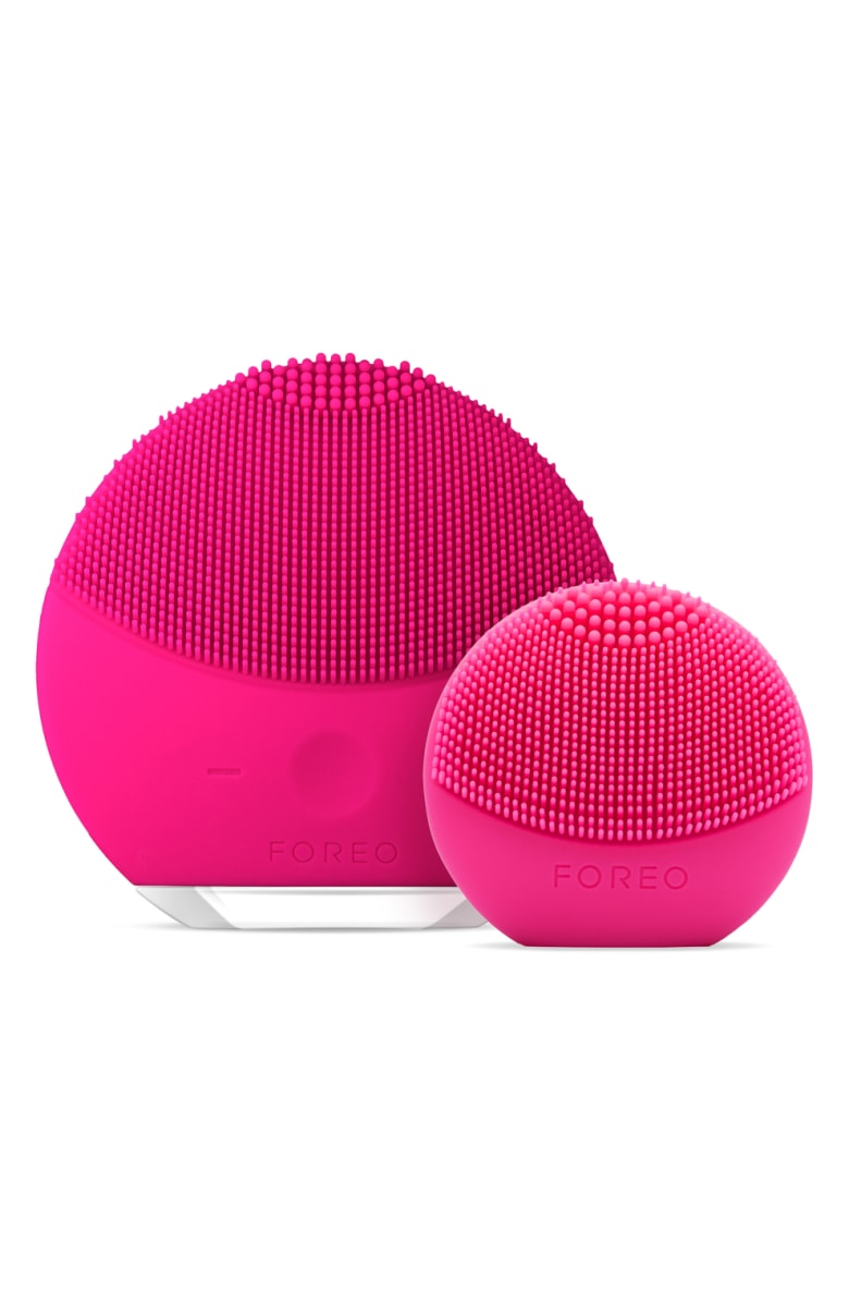 FOREO LUNA mini 2 + LUNA play Set - I got my LUNA mini 2 a few years ago and LOVE it! I tried it after being disappointed with the Clarisonic and I will recommend it over the Clarisonic every day.  What impresses me the most is that it can hold a charge for 6 months (!!!!), the silicone means no bacteria is growing on it ever, and the the different length of bristles make it easy to customize to different areas of the face.  If you're looking to up your face washing game, this is a must!