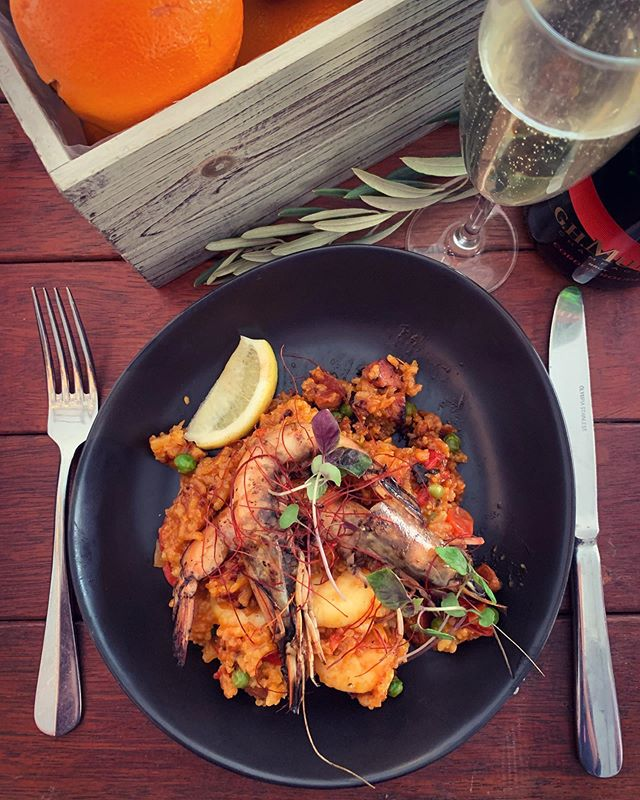 Delicious prawn and saffron paella from @relishcateringnarrabri at the #Nosh2019 Long Lunch 🥘. #noshnarrabri #noshnarrabri2390
