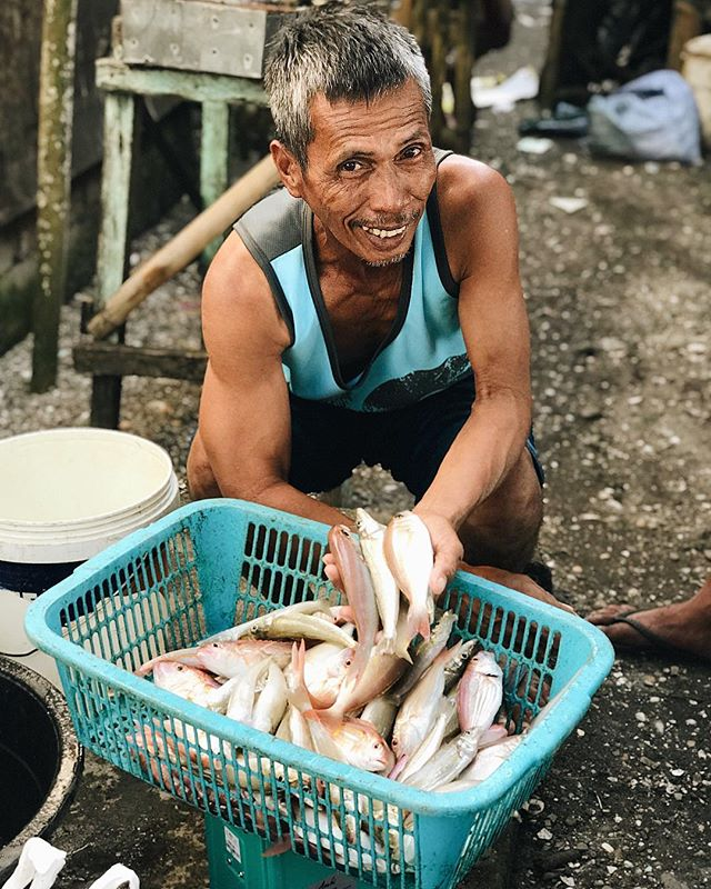"""We've heard it said, """"Give a man a fish, and you feed him for a day. Teach a man to fish, and you feed him for a lifetime."""" But what happens when the river or the sea run out of fish? Overfishing can destroy natural ecosystems and sometimes the damage is irreversible. That's why we take decisive steps to ensure OnePlate projects embed natural, organic farming processes and technologies that promote long-term, sustainable solutions for the communities that we're investing in. 🐠🌱🙋🏻♂"""