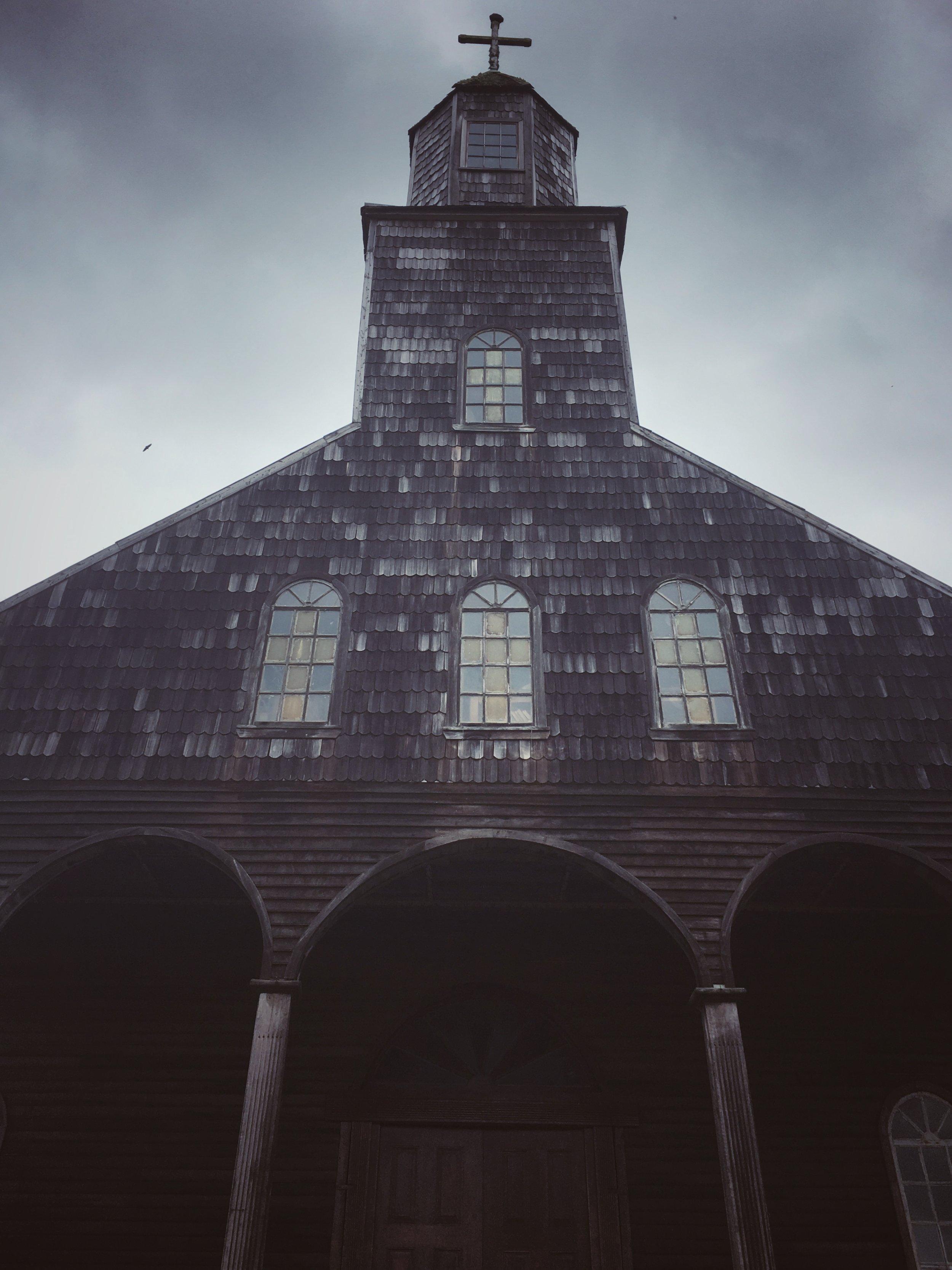 Iglesia de Santa Maria de Loreto, Achao mid fumigation