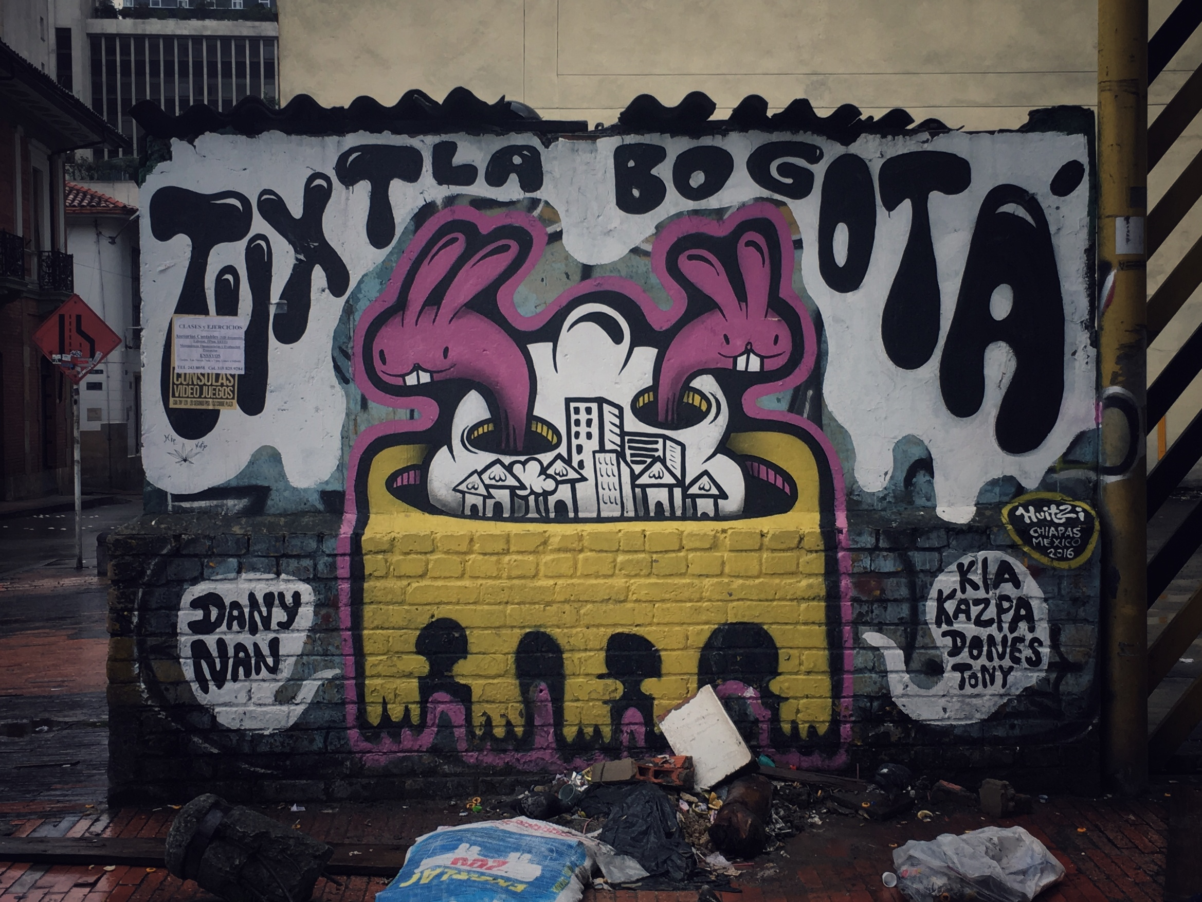 Bogotá via Mexico : @Hugo.Huitzi