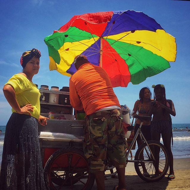 💙 . . . . #playabocagrande #cartagena #colombia  #wanderlust  #travelphotography  #beachphotography #wayfaringwandering #hypercolor #raspados