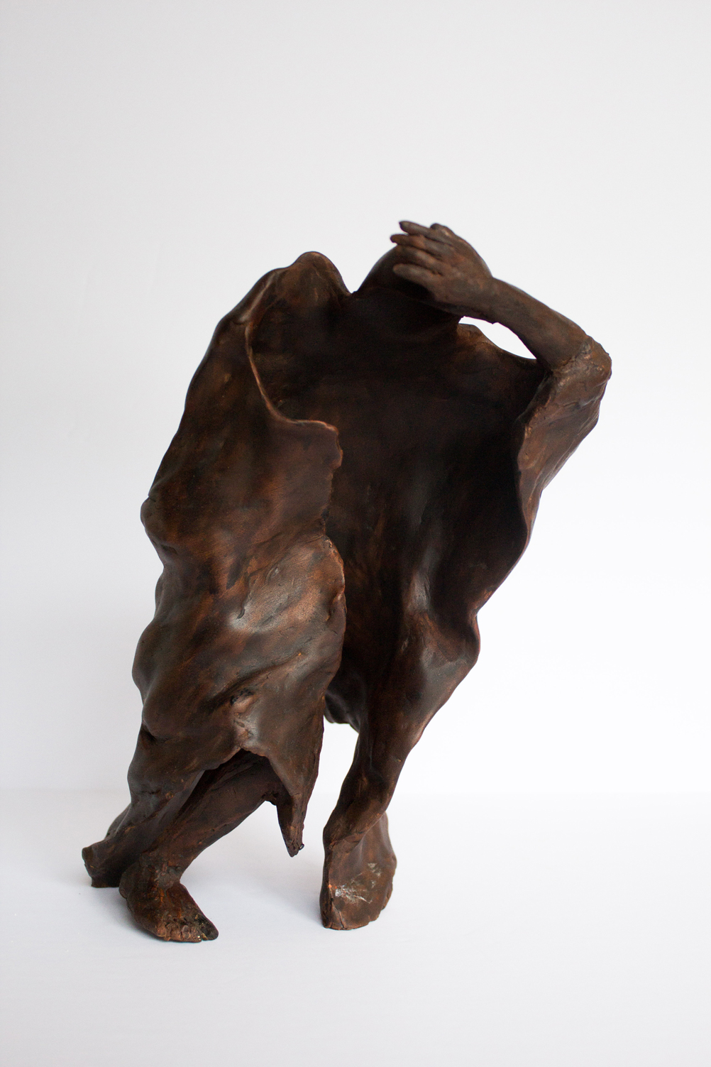 Woman Figure 25.17.15 cm painted terracotta